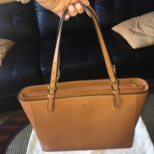 Tory Burch Tote (Camel Brown Color)